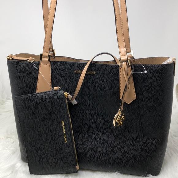 638cbebae107 NWT Michael Kors Kimberly Grab Bag Black